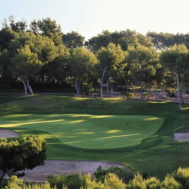villamartin 17th green